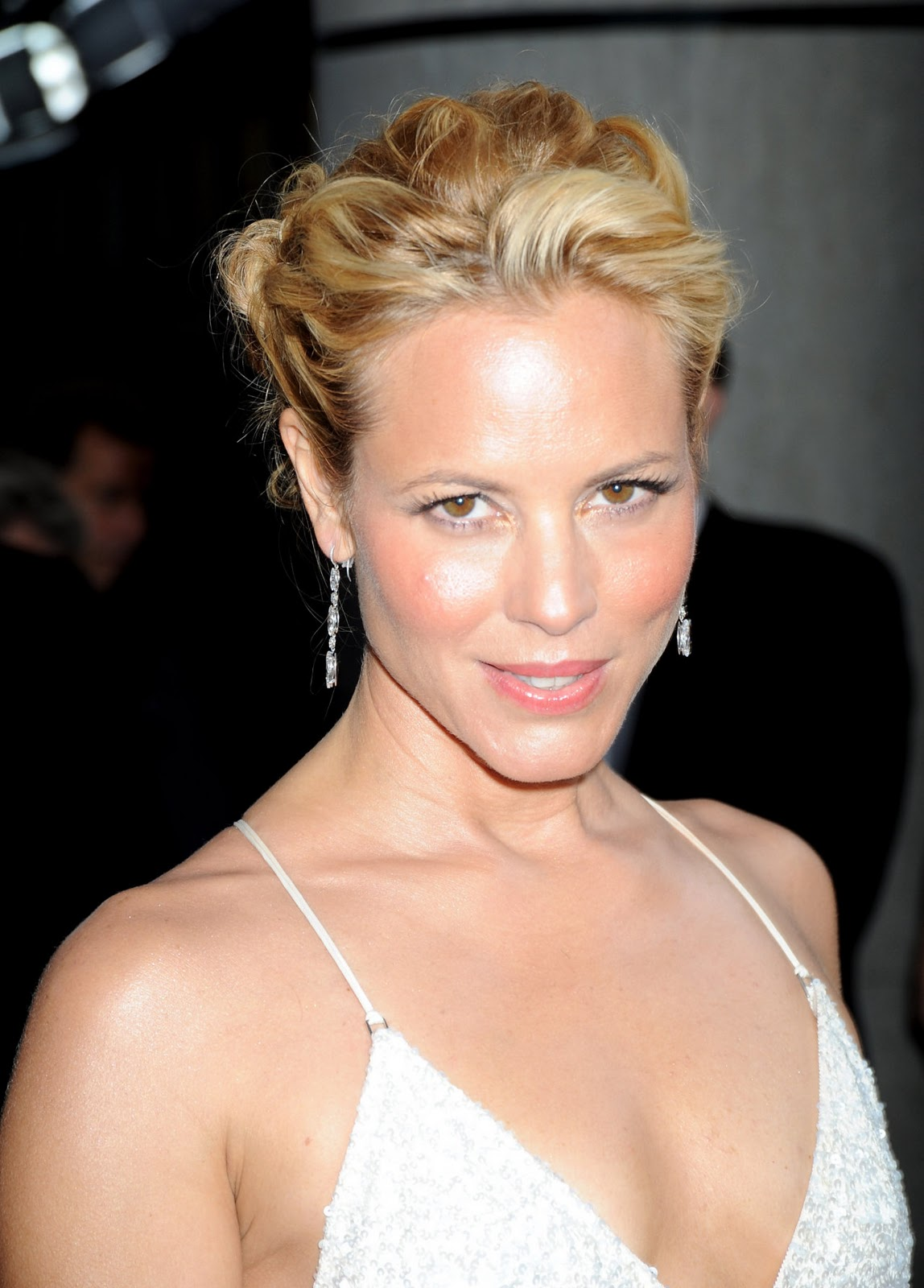 image Maria bello downloading nancy