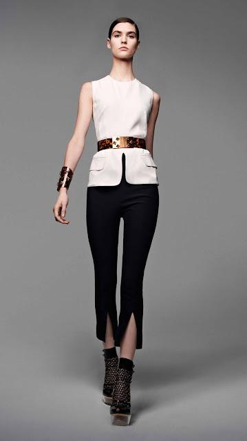 Alexander McQueen, se inspira en la miel y las abejas,  para vestir a una mujer femenina y muy sensual, esta es la propuestas de  primavera verano 2013 6