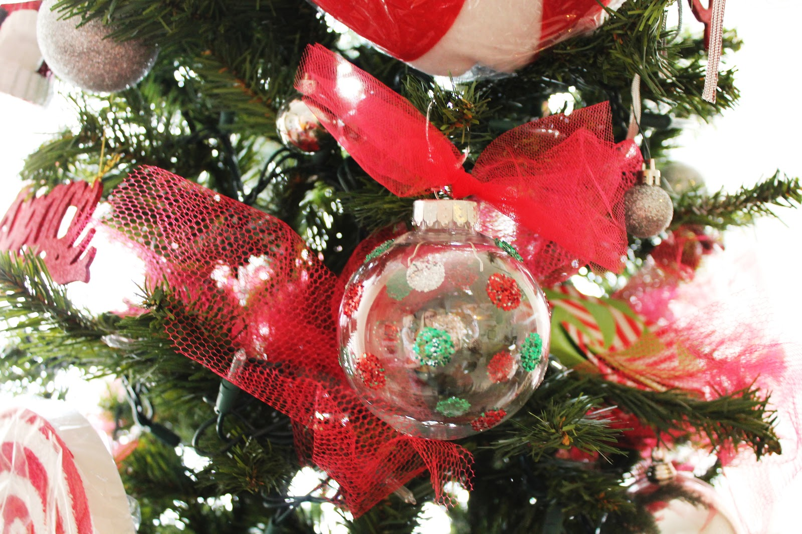 Christmas ornaments and easy glitter ornaments find it make it christmas ornaments and easy glitter ornaments find it make it love it solutioingenieria Choice Image