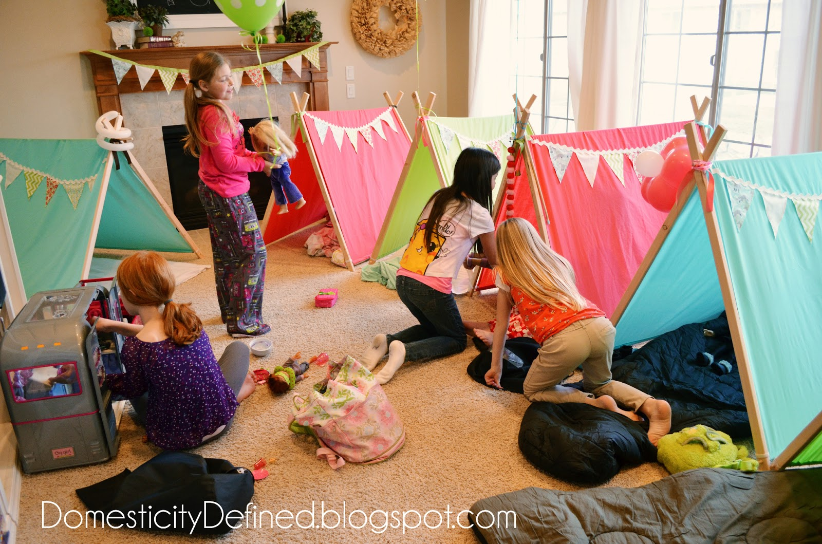 Domesticity emily 39 s glamping birthday party - Th party theme ideas ...