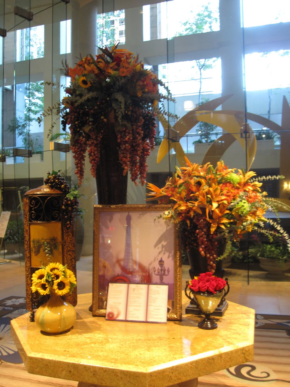 Hotel Foyer Flower Arrangements : Stay omni hotel los angeles pop bop shop