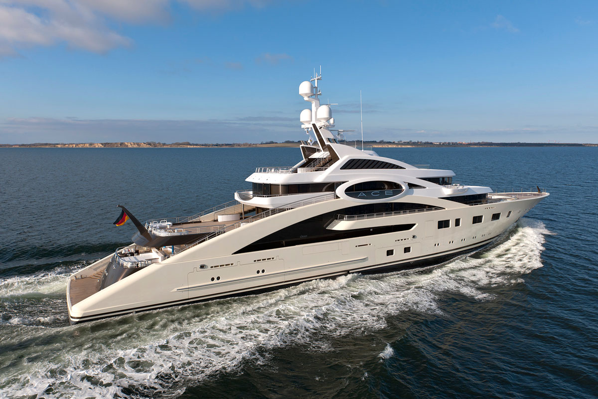 Megayacht ACE Starboard