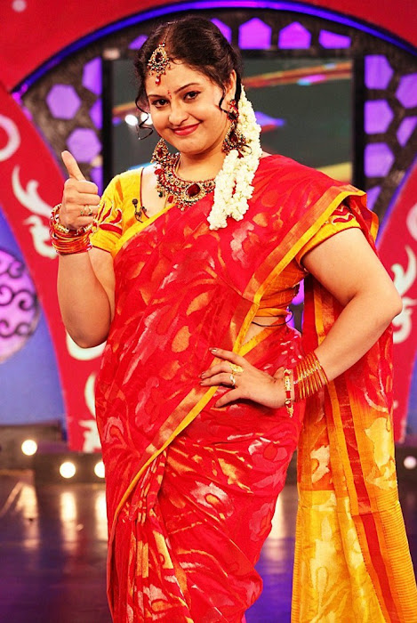 ri in saree at zee
