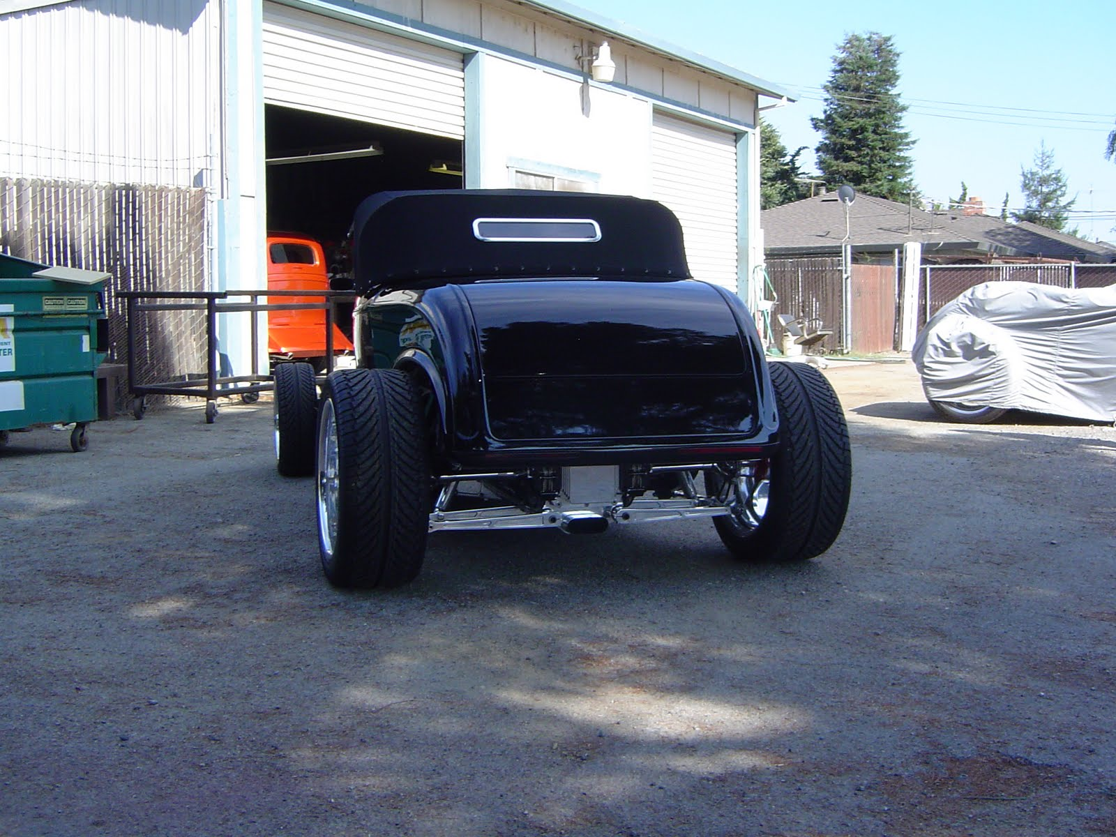 Attebury Street Rods, LLC: 1932 Ford Roadster Highboy