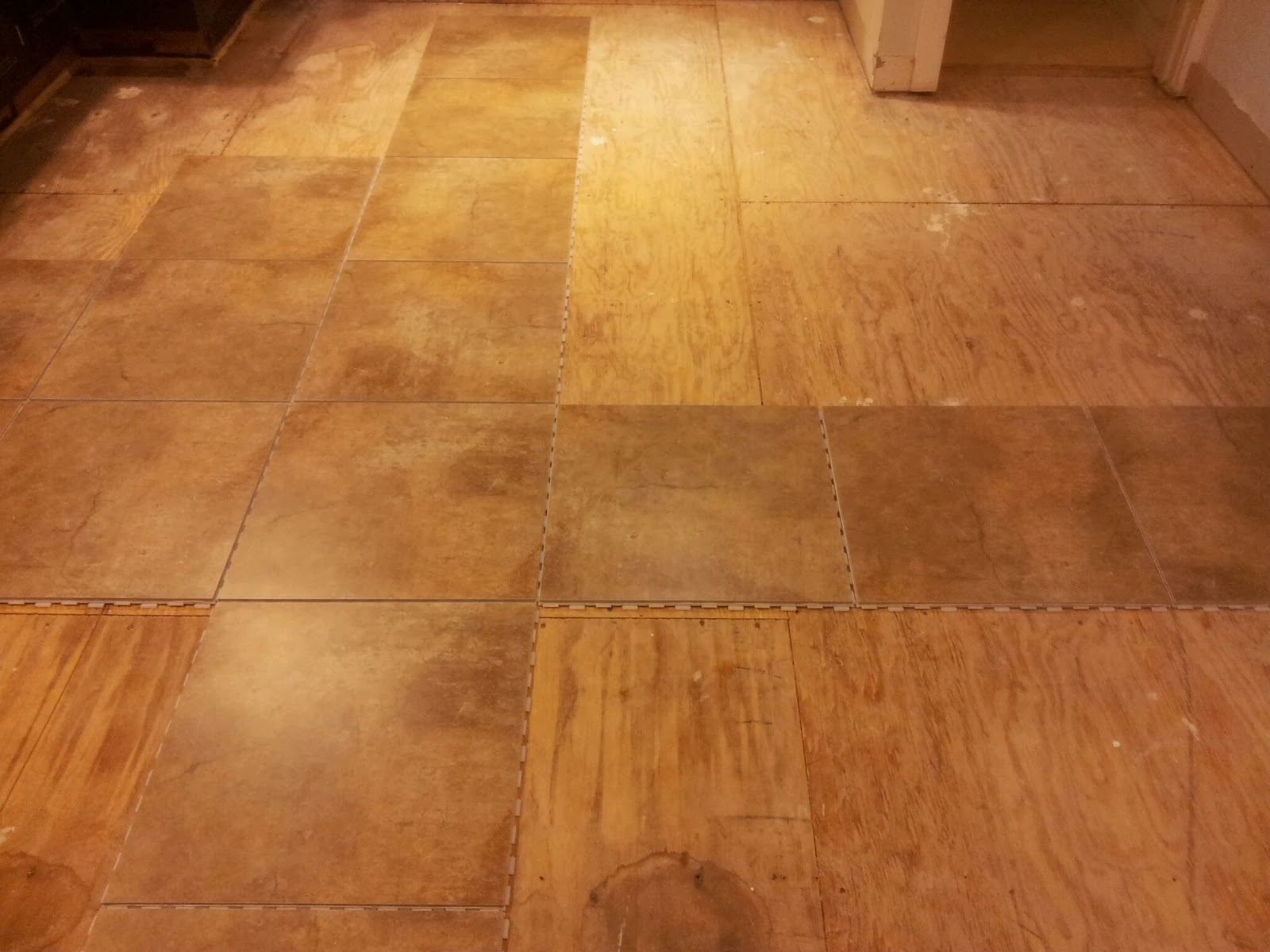 Installing Snapstone Kitchen Floor Tile For Our Home Remodel Ian