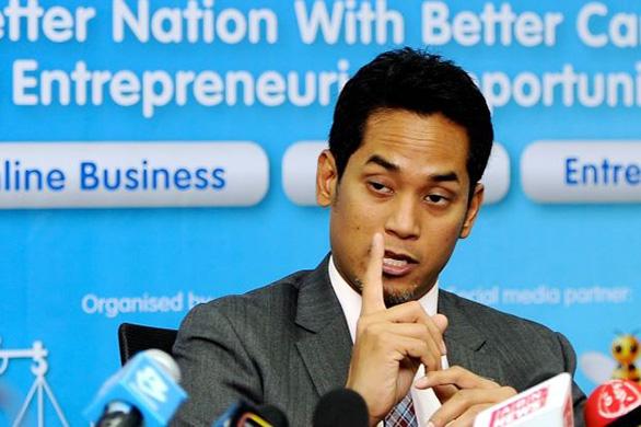 Alvin Tan Penakut, Sampah Masyarakat! - Khairy Jamaluddin - HairanBlog