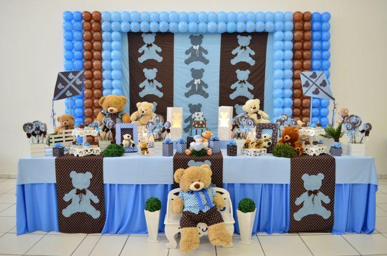 decoracao festa urso azul e marrom:MONKEY FESTAS por Elen Moreti: Decoração com balão para mesa do