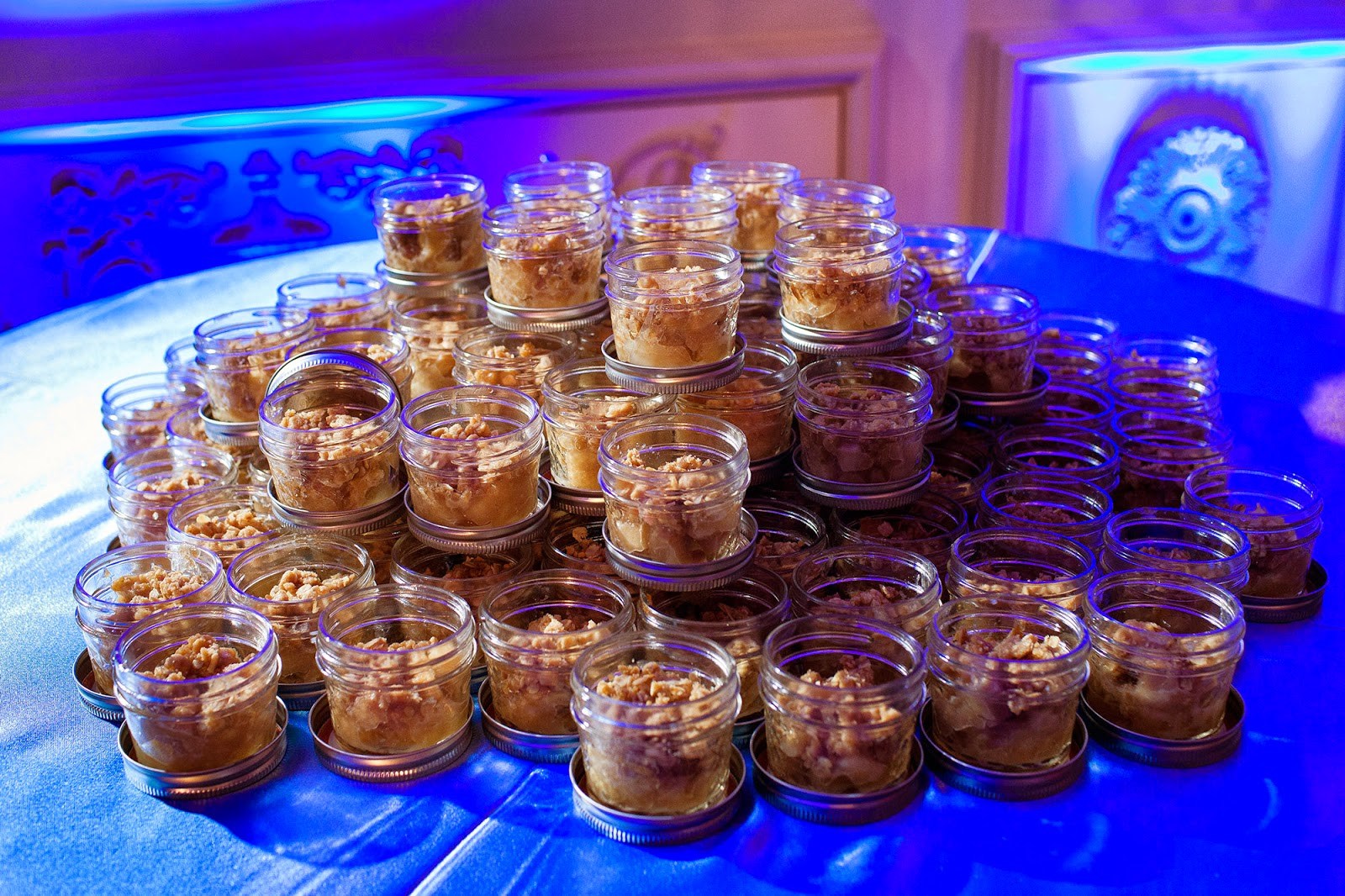 ... hot chocolatefavors for guests – amaretto flavored, no less