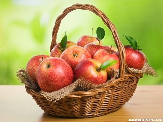 http://asalasah.blogspot.com/2014/08/zat-pada-biji-apel-yang-sangat-berbahaya.html