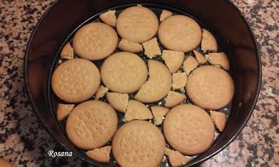 colocamos galletas en el molde