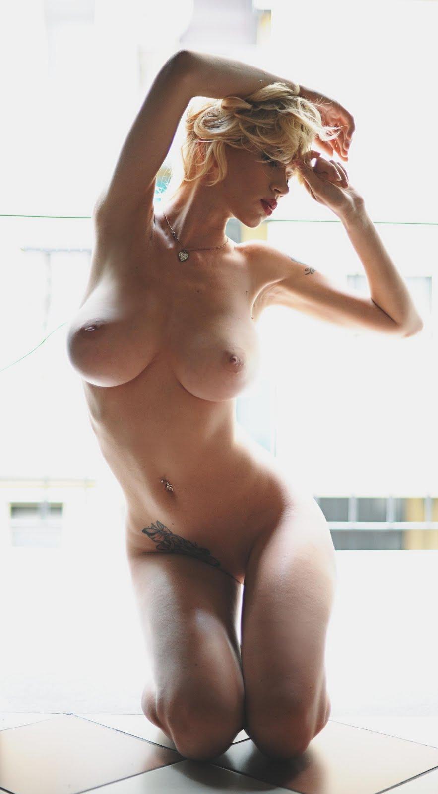 Yvonne strahovski sex in chuck series scandalplanet com