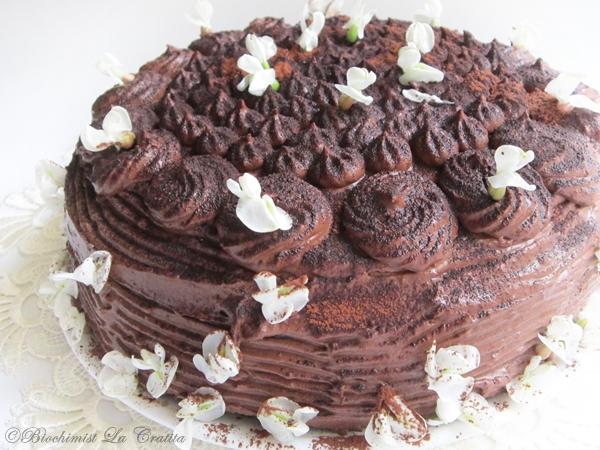 Articole culinare : Tort decadent de ciocolata