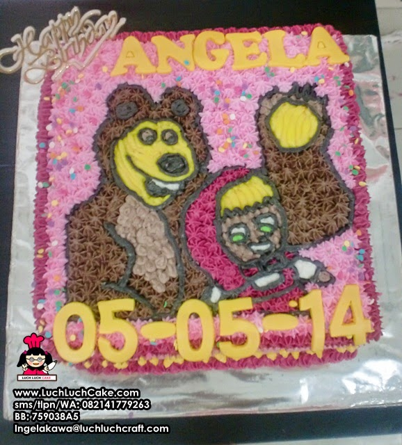 Kue Tart Masha and The Bear Buttercream