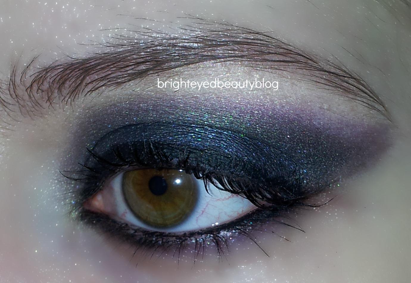 http://4.bp.blogspot.com/-1YbI6Qdu-50/ULGEA8S4TaI/AAAAAAAABVw/MBYE3XQ7Tnc/s1600/close+up+open+eye+use+this.jpg.jpg