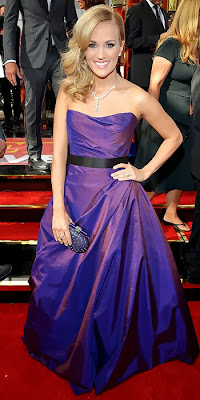 Carrie Underwood, 2013 Emmys, red carpet, awards show