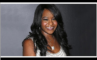 Bobbi Kristina Brown, a filha de Whitney Houston e Bobby Brown, faleceu neste domingo (26/07), no Peachtree Christian Hospice, em Duluth, no estado da Georgia, noticiou o Entertainment Tonight.