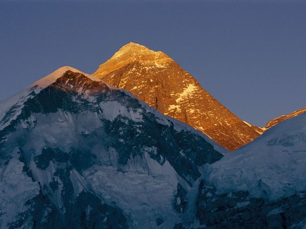 Everest in Evening