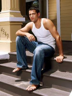 Jesse Metcalfe - Ator do seriado Desperate Housewives - Pés masculinos