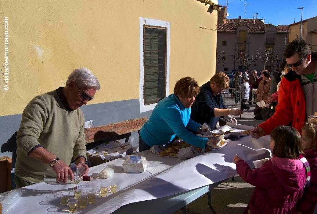 Torta bendecida San Anton Tarazona bendicion de animales