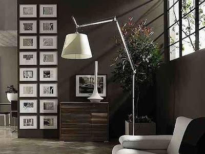 parede com quadros decorativos