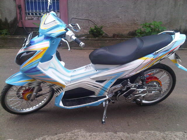 Modifikasi Yamaha Nouvo-Z For Contezt