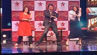 Hrithik-dances-at-just-dance-photos-Hrithik-dance-with-participants-at-Just-Dance-Show-Launch-photos-on-star-plus-star-tv-photos-videos-auditions-channel-aired-on-star-plus-from-2011
