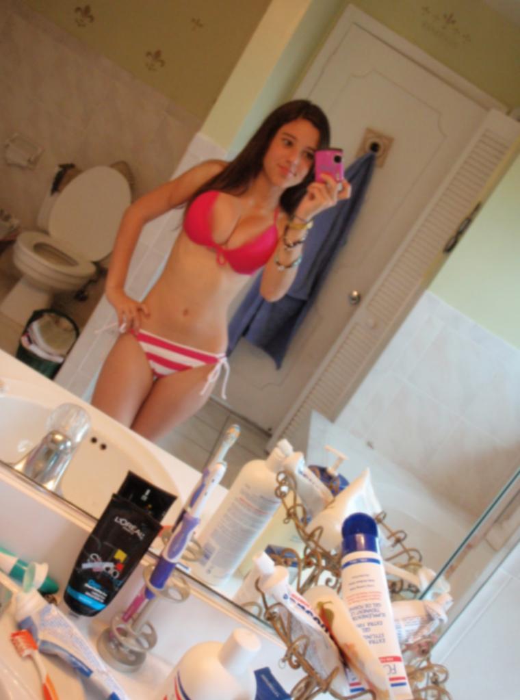 1 mk busty big boobs cam girl teasing - 3 5