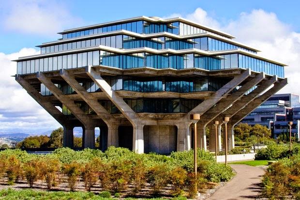 Dünyadaki En Şık Kütüphane