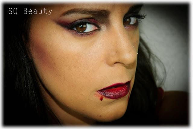 Maquillaje Halloween Vampiresa Sexy Silvia Quiros vampire