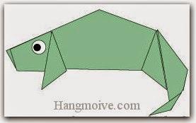Bước 13: Vẽ mắt để hoàn thành cách xếp con Tắc kè bằng giấy theo phong cách origami.