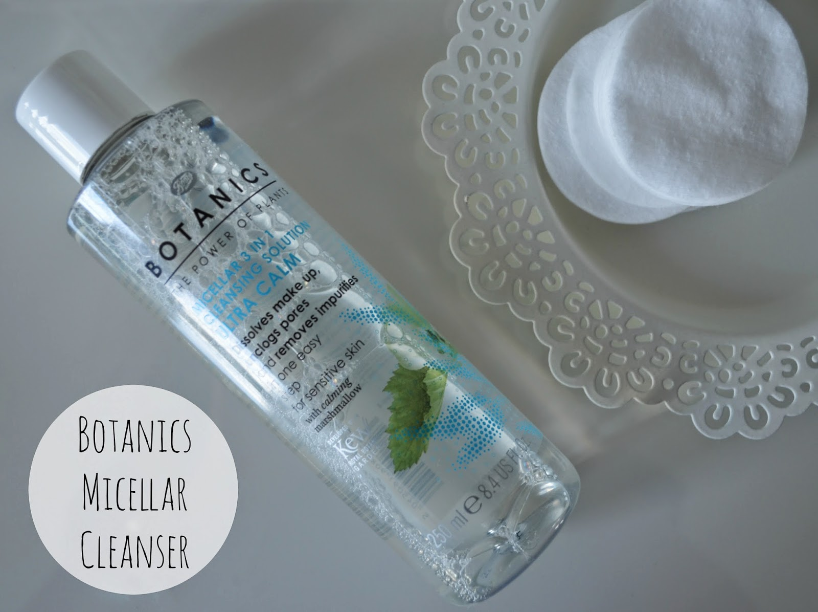 Botanics Micellar 3 in 1 Cleansing Solution Extra Calm