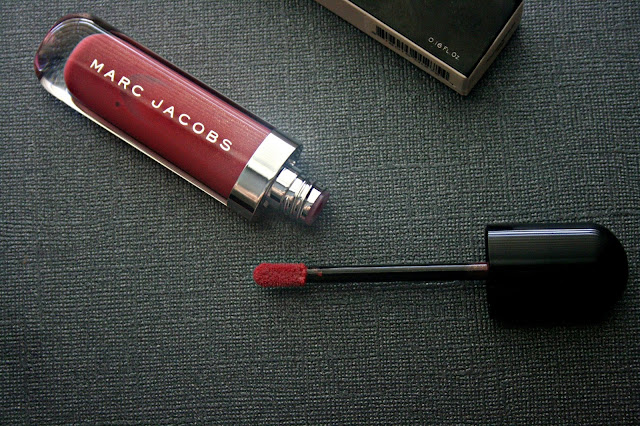 Marc Jacobs Beauty Lust For Lacquer Lip Vinyl (Sheer) in Kissability
