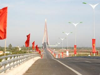The Can Tho Bridge over the River Hau