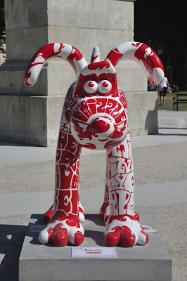 Bark at Ee Gromit (front view)