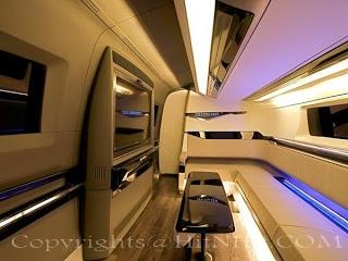 Shahrukh Khan 39 S Luxury Home On Wheels HitNHiT IN