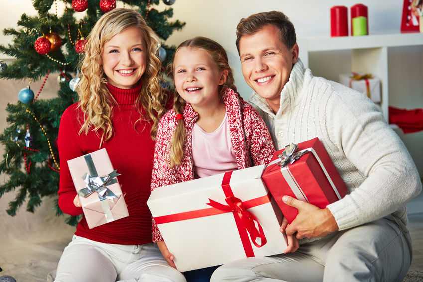 Fake Christmas Family From Google Images
