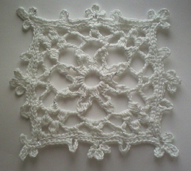 Knitted Snowflake Patterns : snowflake patterns-Knitting Gallery