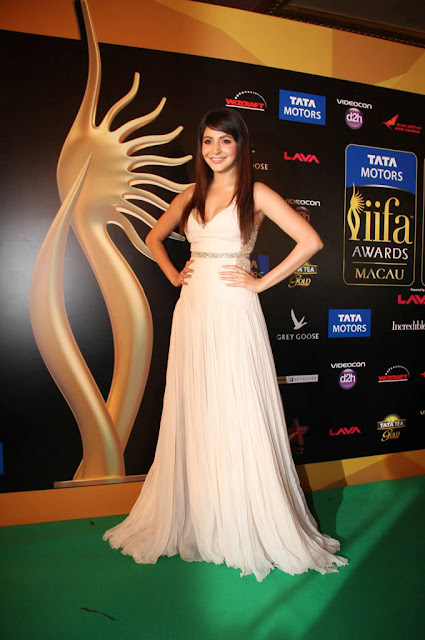 Bollywood Beauty Anushka Sharma at International Indian Film Academy Awards 2013 Macau