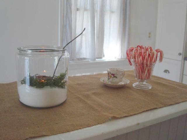 Fleur Cottage: December 2011