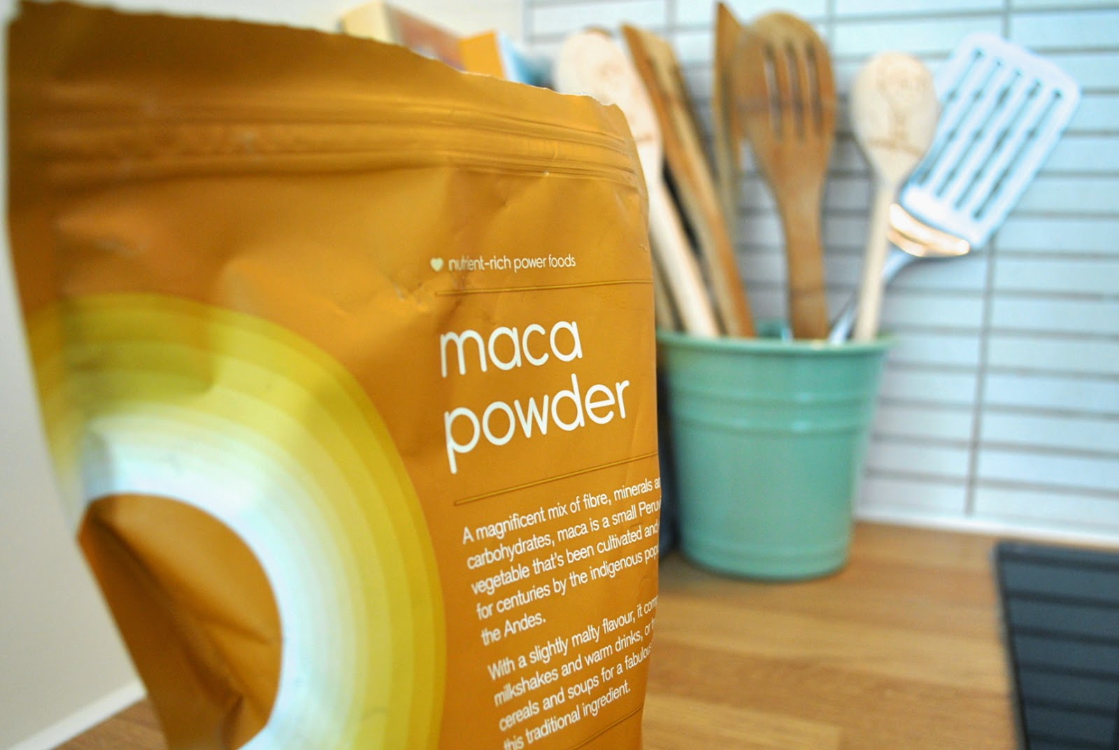 Maca powder in smoothie