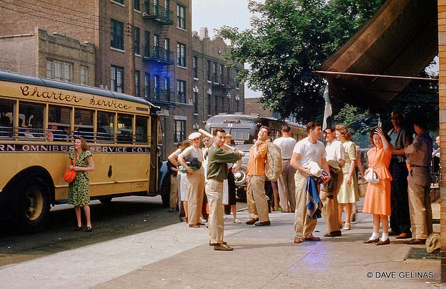 an analysis of the scene of story in 1950s and 1960s Hold on to your seats, the 1960s were a wild ride we eased into the decade gently, confident that conservative values, traditional roles, and classic clothes still prevailed.