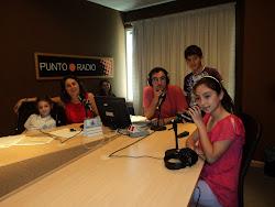 Los niños protagonistas en la radio!!
