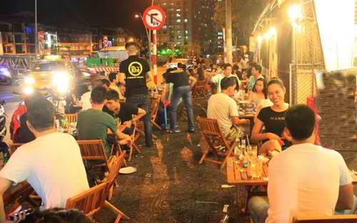 Quán xiên nướng giá bình dân bên bờ kênh Nhiêu Lộc, dia chi an uong, diem an uong, sai gon am thuc, diemanuong365.blogspot.com