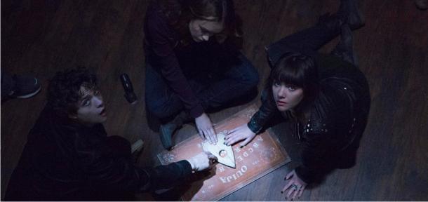 Poderes misticos são invocados no trailer do terror sobrenatural OUIJA
