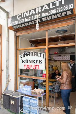 Çınaraltı künefe Yusuf Ustanın minik dükkanı, Uzun Çarşı Antakya