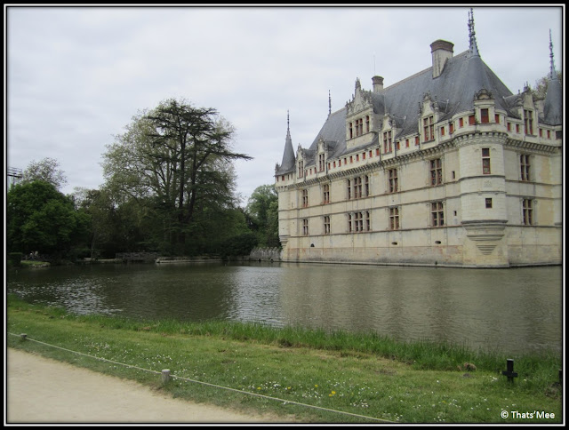 Château d'Azay Le Rideau Renaissance Francois Ier, Azay le Rideau chateau Pays de la Loire Touraine Balzac miroir Indre