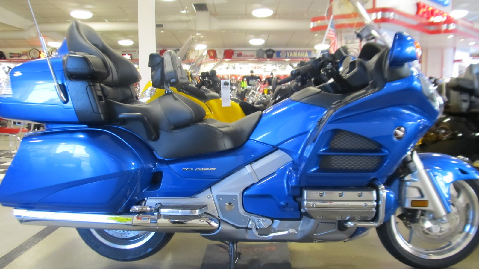 Niehaus Cycle Color Matched Two Tone Or Stock 2012 Goldwing