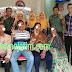 Anggota TNI dan PNS Kodim 0816/Sidoarjo Meriahkan HUT TNI Ke 74 Dengan Gelar Baksos