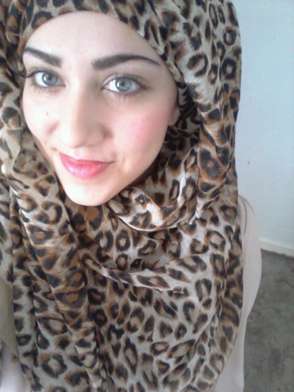 http://4.bp.blogspot.com/-1bJSm3qI5ho/UCQKgtM9JuI/AAAAAAAATdw/4yyXk5E5Qro/s1600/Hijab+(20).jpg