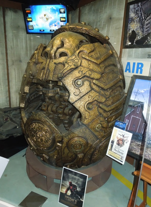 Hellboy II Golden Army egg prop
